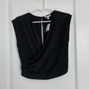NWT UO Silence + Noise Cropped Black Top Sz s